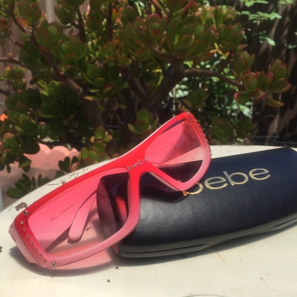e046865b96a bebe Accessories - bebe • Vintage 90 s Retro Pink Shield Sunglasses